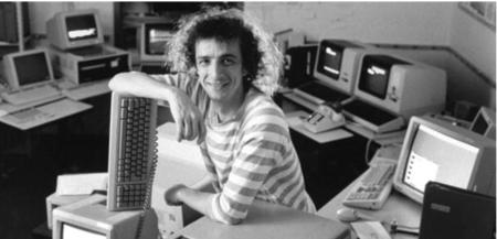 """Clifford Stoll: astrónomo en paro, programador aficionado, hippie y primer """"Hacker del bien"""""""